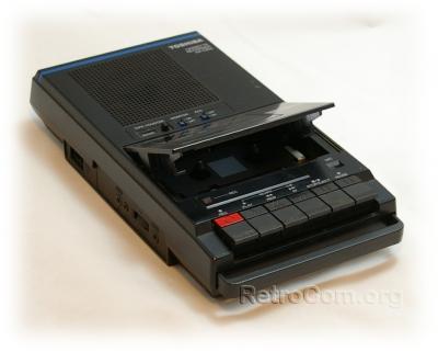 hx-10_cassette_recorder_open_20140731_1558379878